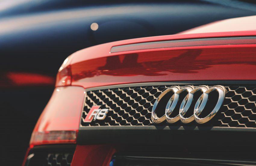 Audi rouge
